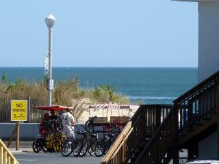 3BR OCEAN & BOARDWALK view, pool, free WiFi linens, Ocean City