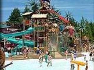 Short 2 block walk to Jolly Rogers waterpark, go carts, amusements
