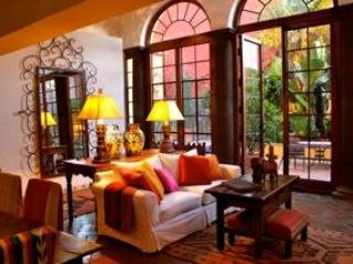 Sun- filled home in San Miguel de Allende, Mexico!
