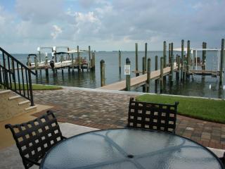 Nautical Landings - Gorgeous Gulf-front condos!