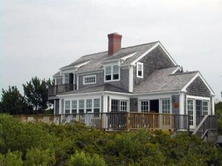 Dionis in Nantucket  Luxury Waterfront Home