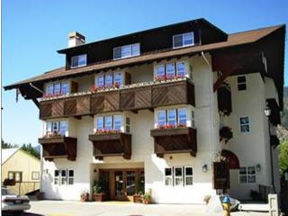 BLACKBIRD LODGE CONDOMINIUM RESORT in Leavenworth