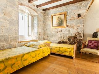 Cozy Apartment Old Town Center, Split