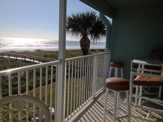 *Cocoa Beach Luxury! Balcony on the BEACH $975wk