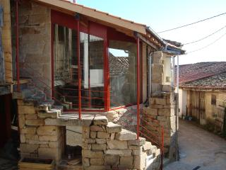 Holiday  cottage in the Ribeira Sacra. Sleeps 4., Nogueira de Ramuín
