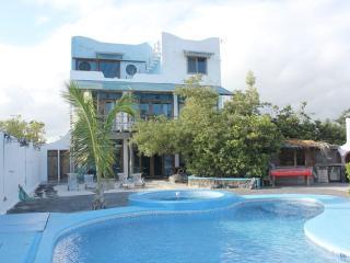 Bay House: - La casa di Furio en Galapagos, Puerto Ayora