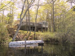 4 BR House on Beautiful Picture Lake on Cape Cod, Pocasset