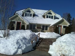 Beautiful Jackson NH Townhouse slopeside on Black Mountain