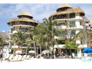 El Taj Oceanfront, Beautiful Large Ocean view 1 BR, Playa del Carmen