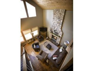 Great room with 18 foot cobblestone gas fireplace