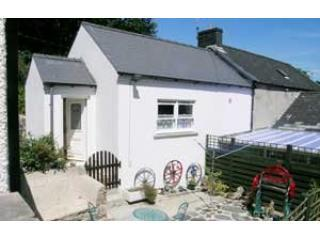 Rosebud cottage, Fishguard