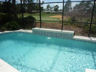 4 Bedroom Orlando Villa On Golf Course With Pool, Haines City