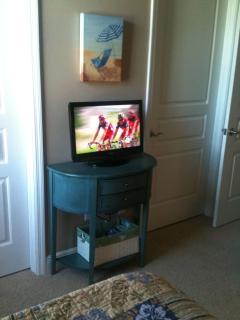Twin Bedroom has smart TV