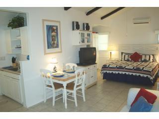 Studio Cottage - Romantic for couples!