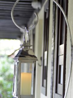 Candle Lantern & Arch