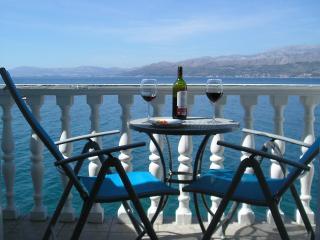 Stunning waterside penthouse on the Island of Brac, Postira