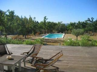 Cucuron 3 Bedroom Villa Rental in Luberon