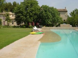 Aix-en-Provence Wonderful Vacation Rental Villa with a Pool