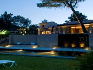 Wonderful 5 Bedroom Vacation House, in Aix en Provence