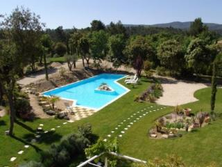 Holiday rental Villas Jouques (Bouches-du-Rhône), 300 m², 3 480 €