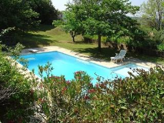 Holiday rental French farmhouses / Country houses Sannes (Vaucluse), 200 m2, 2 700 €