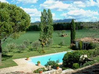 French Country House Holiday Rental with a Pool, Aix en Provence, Aix-en-Provence