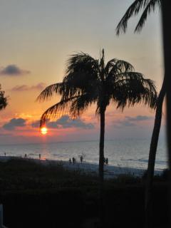 Sunrise at Island Beach Club