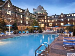 5/25-6/1, 2018 at Long Wharf Resort, Newport, RI