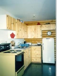 kitchen log cottage