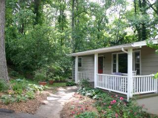 Lakeside Garden Cottage