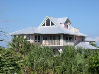 The Coral Reef  Pool Home located on North Captiva Island!, isla de Captiva