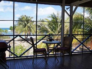 Enchanting Bungalow Best Beachfront on the Island!, Isla de Vieques
