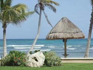BEACHFRONT, Ground Floor, 3 BR, 3.5 Bath, Puerto Aventuras