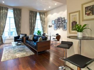 Mayfair 2 Bedroom 2 Bathroom with A/C (3298), Londres
