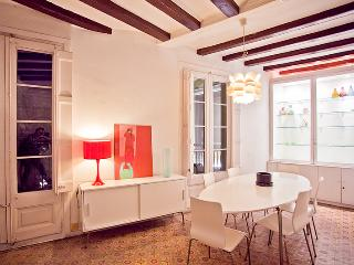 Large apartment in Las Ramblas, Barcelona