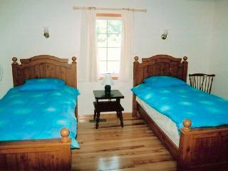 Twin Room Keuka Cottage