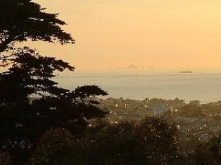 GG Park.10 min walk or jog  from us, to see the view.