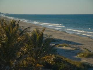 2nd FL Direct Ocean Front w/Balcony, Indialantic