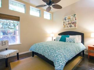 Bedroom with queen bed; high quality linens