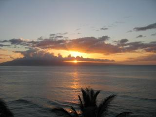 No FEES to Book! Penthouse Studio 1213 BEST VIEW!, Ka'anapali