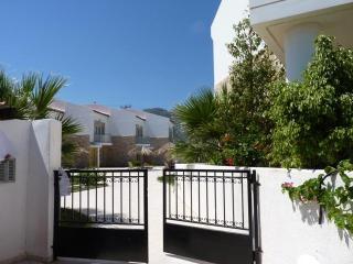 Grapevines Villas - Luxury Villa superb location