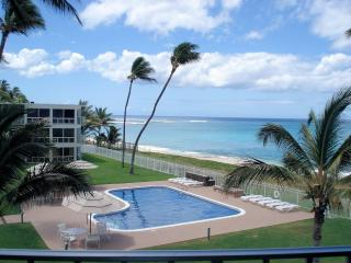 Sandy Beach Front Oasis! 1 Bed on Ocean, Oahu, KoO, Waianae