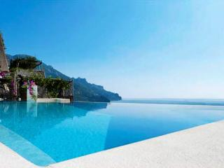 Villa Principessa - Sea view, Pool and Sea Access, Ravello