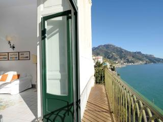 Villa Principessa - Sea view, Pool and Sea Access