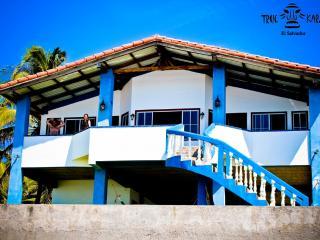 True Karma Beach House, San Luis Talpa