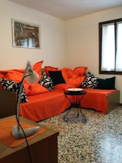 The Orange Living room (pic by Silvia Zago)
