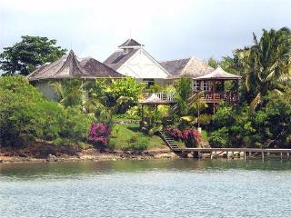Ixora - Grenada, Lance aux Epines