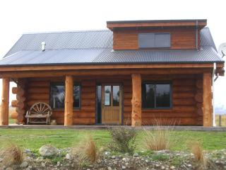 The Hollows Luxury Log Cabin, Te Anau
