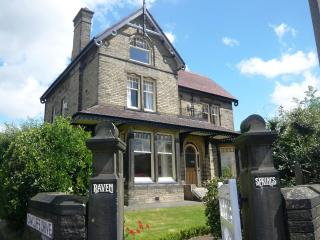 Gorgeous Mansion House ideal for large groups, Leeds