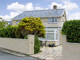 HAFOD-Y-MORFA, pet friendly, with a garden in Harlech, Ref 4037